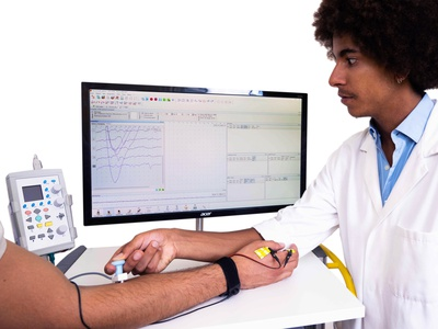 Diagnostic TMS and EMG applications